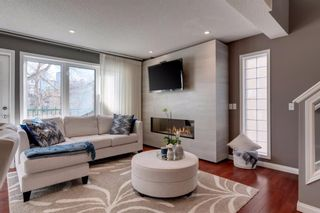 Photo 6: 2 708 2 Avenue NW in Calgary: Sunnyside Row/Townhouse for sale : MLS®# A1077287