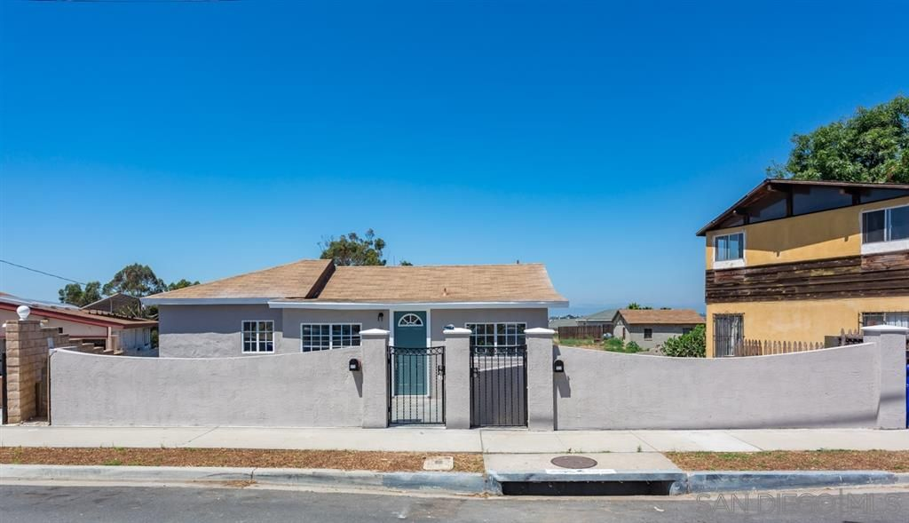 Main Photo: ENCANTO Property for sale: 970-72 Hanover Street in San Diego