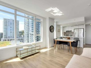 """Photo 9: 920 3557 SAWMILL Crescent in Vancouver: South Marine Condo for sale in """"RIVER DISTRICT - ONE TOWN CENTER"""" (Vancouver East)  : MLS®# R2580198"""