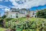 """Main Photo: 208 2110 CORNWALL Avenue in Vancouver: Kitsilano Condo for sale in """"Seagate Villa"""" (Vancouver West)  : MLS®# R2515614"""