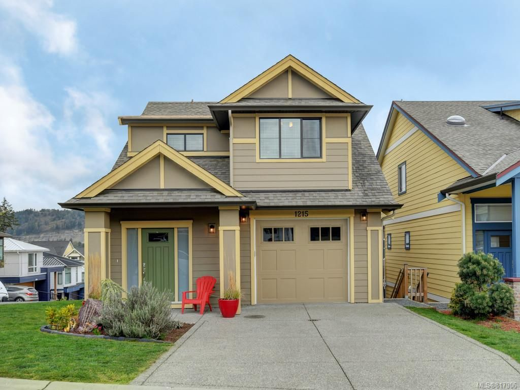 Main Photo: 1215 Bombardier Cres in Langford: La Westhills House for sale : MLS®# 817906