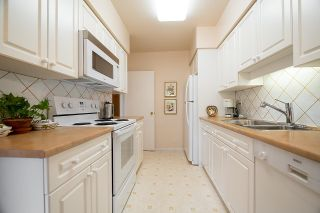 """Photo 12: 9 2296 W 39TH Avenue in Vancouver: Kerrisdale Condo for sale in """"KERRISDALE CREST"""" (Vancouver West)  : MLS®# R2620694"""