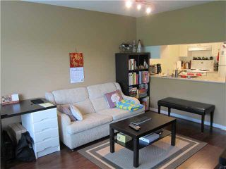 """Photo 5: 302 929 W 16TH Avenue in Vancouver: Fairview VW Condo for sale in """"OAKVIEW GARDEN"""" (Vancouver West)  : MLS®# V1122084"""