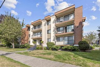 "Main Photo: 209 505 NINTH Street in New Westminster: Uptown NW Condo for sale in ""Fraserview"" : MLS®# R2505335"