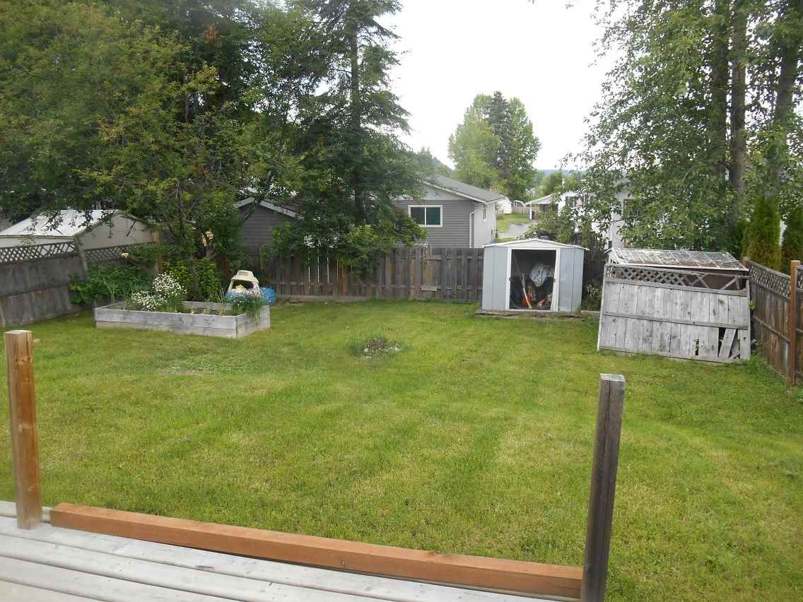 Photo 15: Photos: 748 OCHAKWIN Crescent in Prince George: Foothills House for sale (PG City West (Zone 71))  : MLS®# R2082911