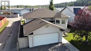 Photo 1: 152 MacKay Crescent in Hinton: House for sale : MLS®# A1108332