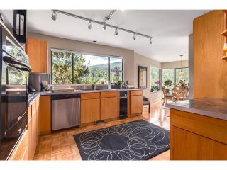Photo 4: 4660 Eastridge Dr in North Vancouver: Deep Cove House for sale : MLS®# V1060683