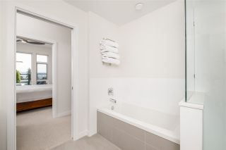 """Photo 26: 403 26 E ROYAL Avenue in New Westminster: Fraserview NW Condo for sale in """"The Royal"""" : MLS®# R2517695"""