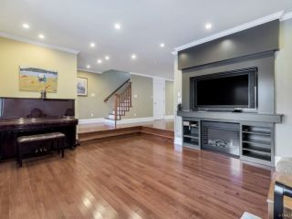 Photo 5: 6732 RADISSON Street in Vancouver: Killarney VE House for sale (Vancouver East)  : MLS®# R2494975
