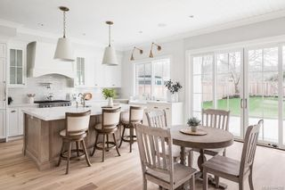 Photo 6: 586 Oliver St in Oak Bay: OB South Oak Bay House for sale : MLS®# 844559