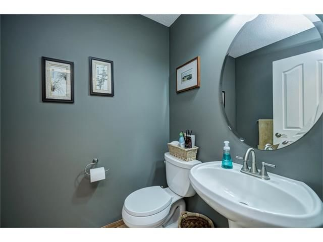 Photo 22: Photos: 137 COVE Court: Chestermere House for sale : MLS®# C4090938
