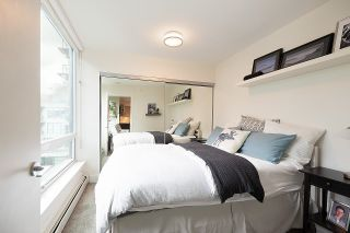 """Photo 19: 528 1783 MANITOBA Street in Vancouver: False Creek Condo for sale in """"Residences at West"""" (Vancouver West)  : MLS®# R2595306"""