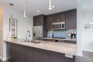 """Photo 10: 1201 88 W 1ST Avenue in Vancouver: False Creek Condo for sale in """"The One"""" (Vancouver West)  : MLS®# R2460479"""