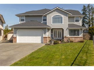 Photo 2: 21553 49B Avenue in Langley: Murrayville House for sale : MLS®# R2559490