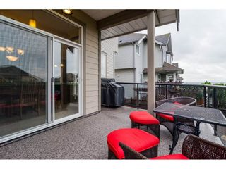 """Photo 2: 19624 69A Avenue in Langley: Willoughby Heights House for sale in """"Camden Park"""" : MLS®# R2117058"""