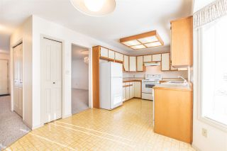 Photo 11: 45196 RAVEN Place in Sardis: Sardis West Vedder Rd House for sale : MLS®# R2415702