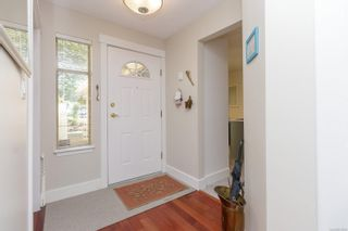 Photo 4: 18 909 Admirals Rd in Esquimalt: Es Esquimalt Row/Townhouse for sale : MLS®# 879199