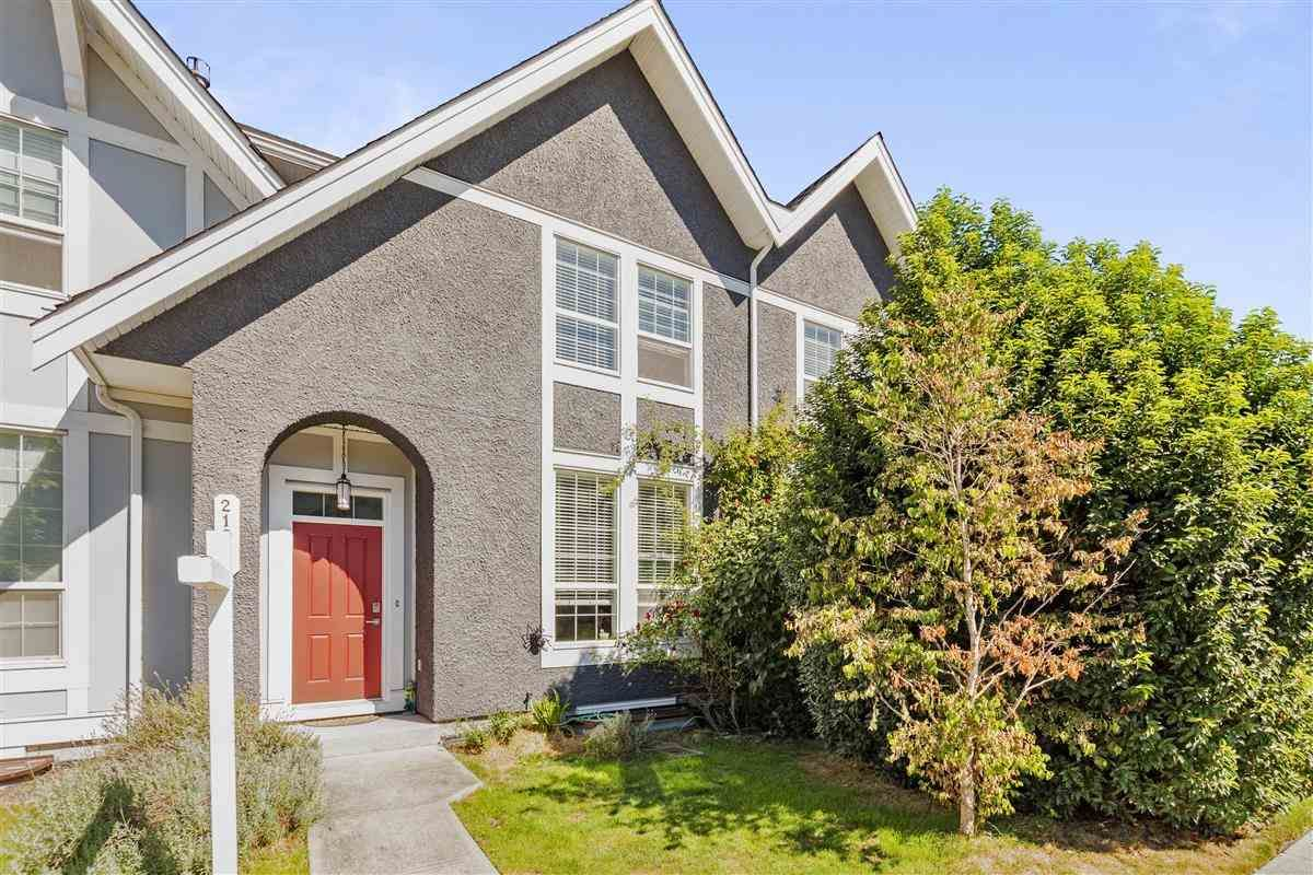 "Main Photo: 21075 79A Avenue in Langley: Willoughby Heights Condo for sale in ""KINGSBURY AT YORKSON"" : MLS®# R2493848"
