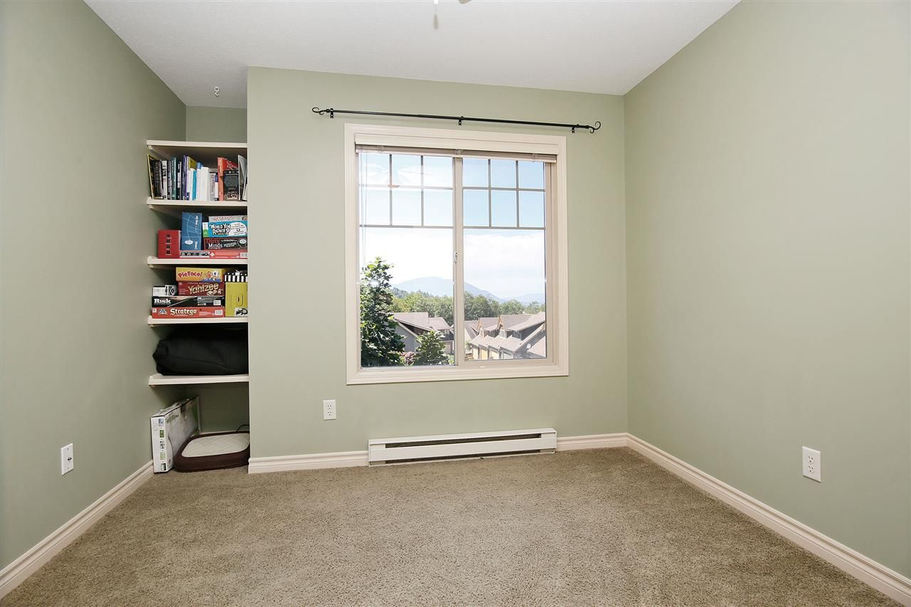 """Photo 11: Photos: 2 46840 RUSSELL Road in Sardis: Promontory Townhouse for sale in """"TIMBER RIDGE"""" : MLS®# R2197387"""