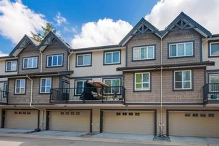 """Photo 3: 8 9077 150 Street in Surrey: Bear Creek Green Timbers Townhouse for sale in """"Crystal"""" : MLS®# R2585990"""