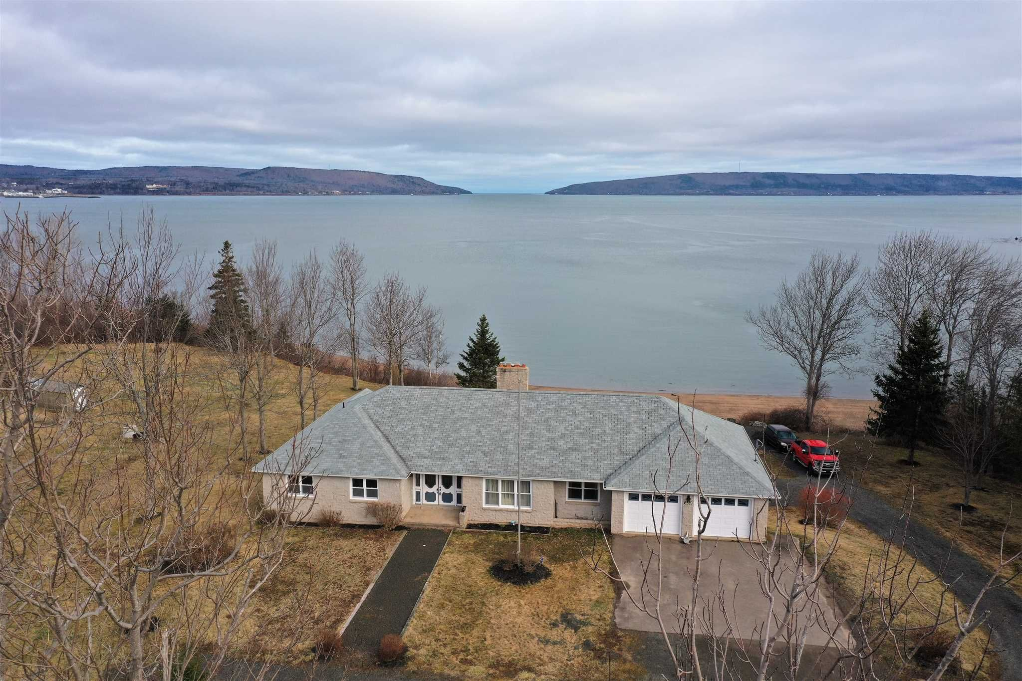 Main Photo: 289 HIGHWAY 1 in Smiths Cove: 401-Digby County Residential for sale (Annapolis Valley)  : MLS®# 202106371