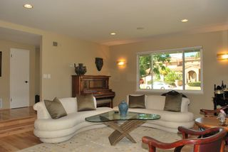 Photo 3: UNIVERSITY CITY House for sale : 3 bedrooms : 5783 Honors Drive in San Diego