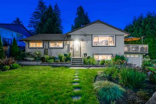 Photo 4: 411 DELMONT Street in Coquitlam: Coquitlam West House for sale : MLS®# R2477098