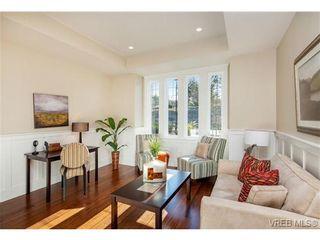 Photo 13: 2071 Hedgestone Lane in VICTORIA: La Bear Mountain Residential for sale (Langford)  : MLS®# 339240