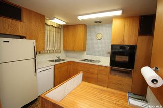 Photo 3: 619 6th Avenue North in Saskatoon: City Park Residential for sale : MLS®# SK859824