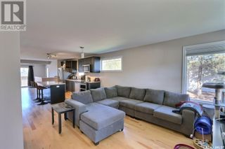 Photo 3: 805 West ST in Melfort: House for sale : MLS®# SK871134