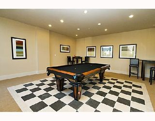 Photo 8: 1101 15 E ROYAL Avenue in New_Westminster: Fraserview NW Condo for sale (New Westminster)  : MLS®# V677506