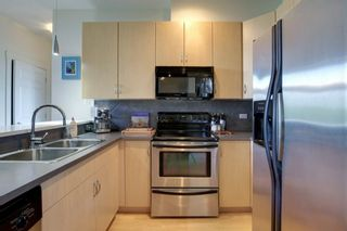 Photo 6: 305 3501 15 Street SW in Calgary: Altadore Apartment for sale : MLS®# A1063257
