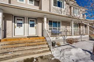 Photo 2: 82 4 Stonegate Drive NW: Airdrie Row/Townhouse for sale : MLS®# A1066733