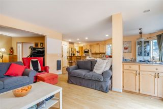 Photo 17: 2917 DELAHAYE Drive in Coquitlam: Canyon Springs House for sale : MLS®# R2559016