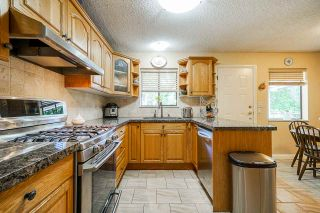 Photo 8: 11894 GILMOUR Crescent in Delta: Scottsdale House for sale (N. Delta)  : MLS®# R2460650