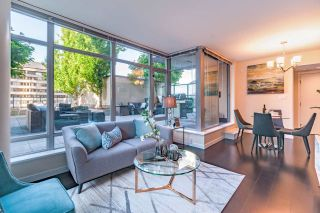 """Photo 10: 1017 788 RICHARDS Street in Vancouver: Downtown VW Condo for sale in """"L'HERMITAGE"""" (Vancouver West)  : MLS®# R2388898"""
