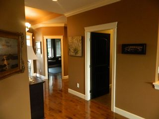 "Photo 4: 35814 TREETOP Drive in Abbotsford: Abbotsford East House for sale in ""The Highlands"" : MLS®# R2110893"