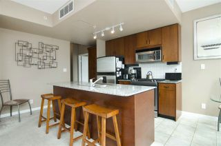 """Photo 4: 502 138 E ESPLANADE in North Vancouver: Lower Lonsdale Condo for sale in """"Premier at the Pier"""" : MLS®# R2108976"""
