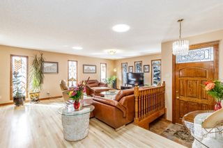 Photo 8: 136 Fairview Crescent SE in Calgary: Fairview Detached for sale : MLS®# A1073972