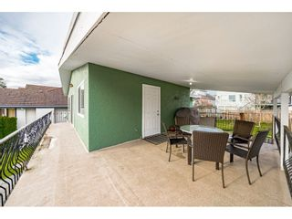 """Photo 33: 18463 56 Avenue in Surrey: Cloverdale BC House for sale in """"CLOVERDALE"""" (Cloverdale)  : MLS®# R2531383"""
