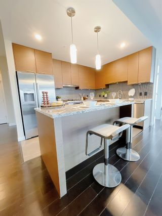 """Photo 7: 1701 6168 WILSON Avenue in Burnaby: Metrotown Condo for sale in """"JEWEL 2"""" (Burnaby South)  : MLS®# R2555926"""