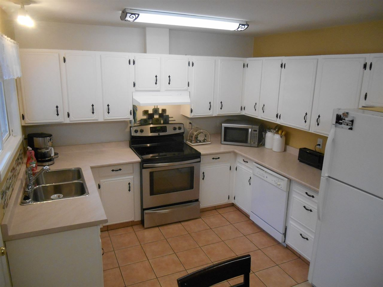 Photo 3: Photos: 1955 GARDEN Drive in Prince George: Seymour House for sale (PG City Central (Zone 72))  : MLS®# R2120742