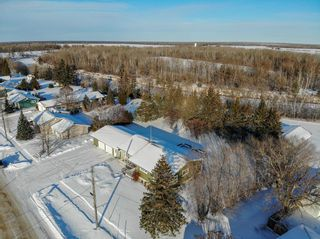 Photo 32: 31 River Drive: Whitemouth Residential for sale (R18)  : MLS®# 202101381