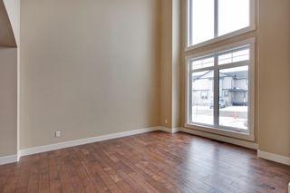 Photo 4: 232 Kinniburg Circle Chestermere in Alberta: 2 Storey for sale : MLS®# C4003441