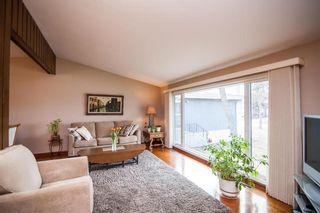 Photo 5: 52 Henday Bay in Winnipeg: Residential for sale (5G)  : MLS®# 202008323