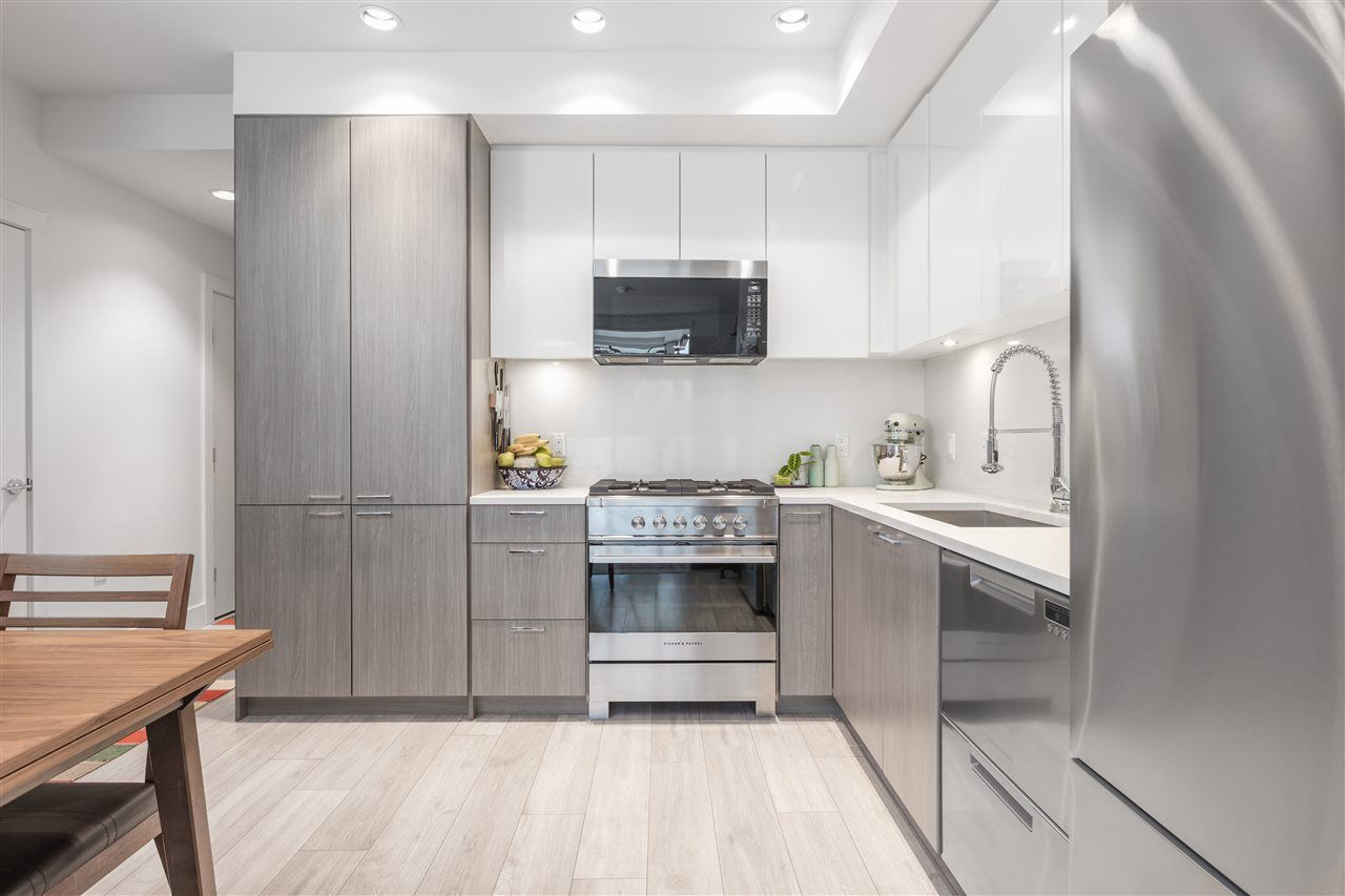 """Main Photo: 201 3420 ST. CATHERINES Street in Vancouver: Fraser VE Condo for sale in """"KENSINGTON VIEWS"""" (Vancouver East)  : MLS®# R2539685"""