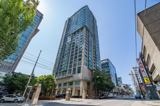 Photo 2: 1701 438 SEYMOUR Street in Vancouver: Downtown VW Condo for sale (Vancouver West)  : MLS®# R2615883