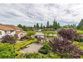 """Photo 27: 404 15991 THRIFT Avenue: White Rock Condo for sale in """"Arcadian"""" (South Surrey White Rock)  : MLS®# R2505774"""