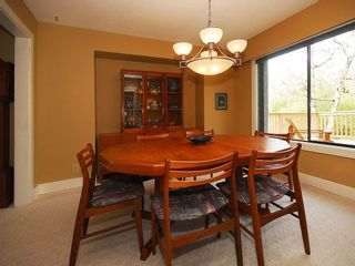 Photo 4: 4057 Tyne Crt in Victoria: Residential for sale : MLS®# 290944