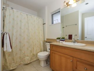 Photo 18: 7866 BENNETT Road in Richmond: Brighouse South 1/2 Duplex for sale : MLS®# R2364700